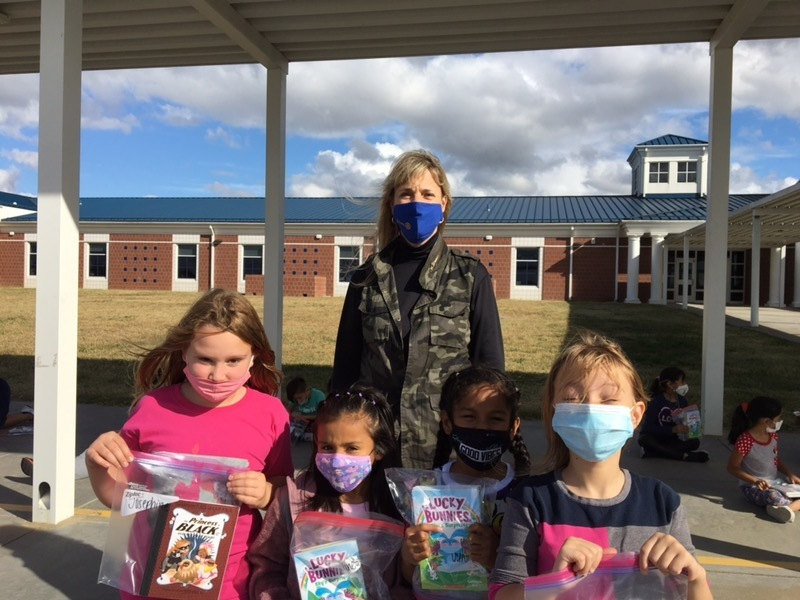 Today each third grade student received three free books. Thank you, Springdale Rotary for investing in our students!