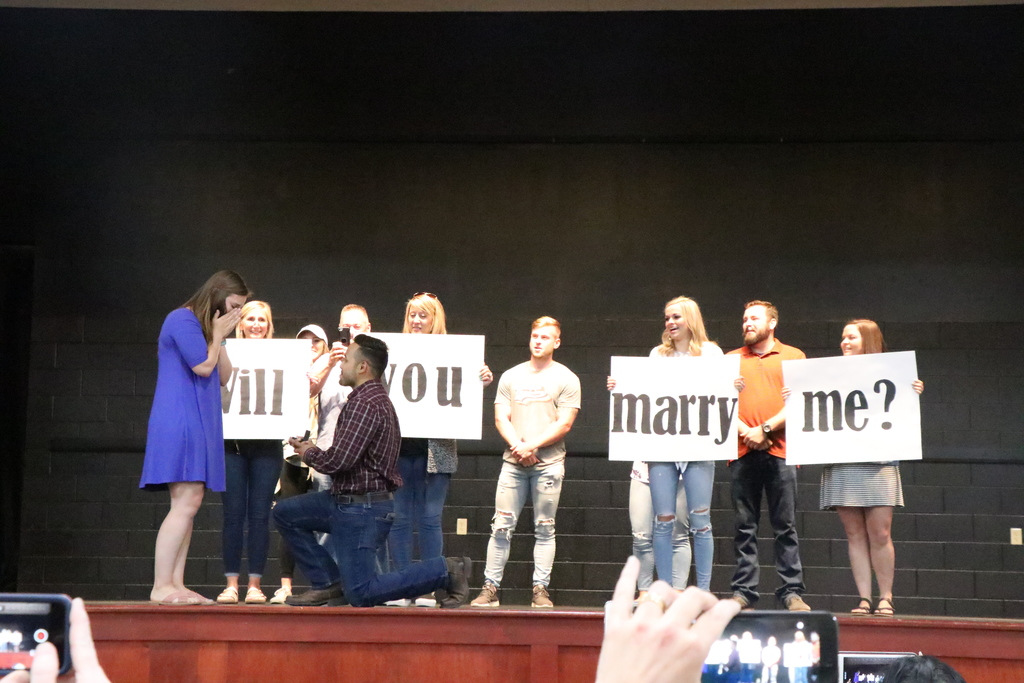 Marriage proposal, Sonora Elementary