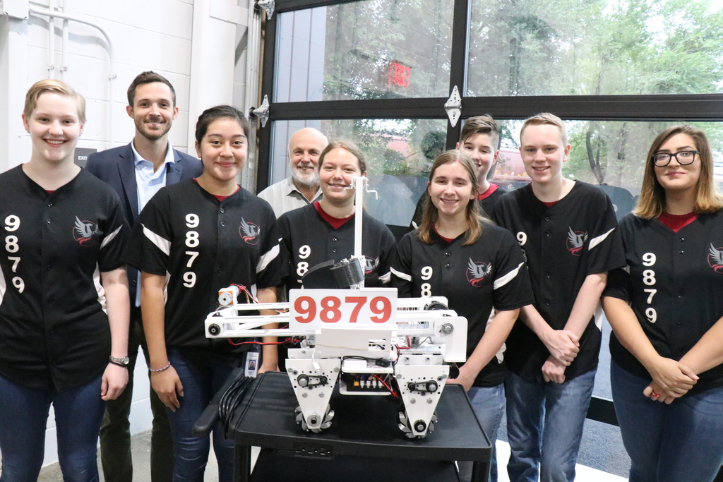 Tysons and DTSOI Robotics Team