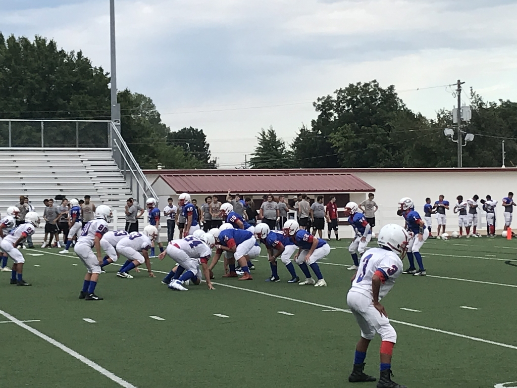 8th Grade Wrangler Football Action!