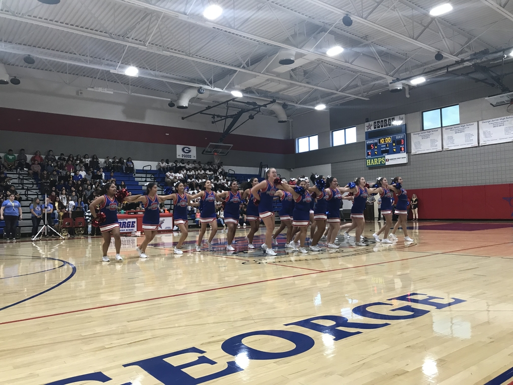 GJHS Cheer and Dance performs!