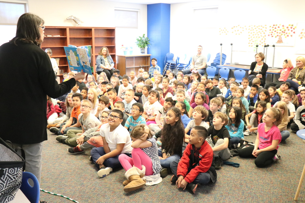 Maribel Childress reads at Smith Elementary