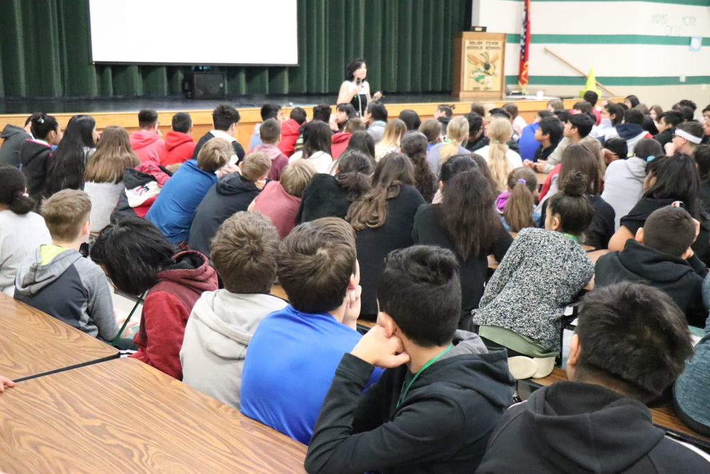 Gennifer Choldenko at Tyson Middle School