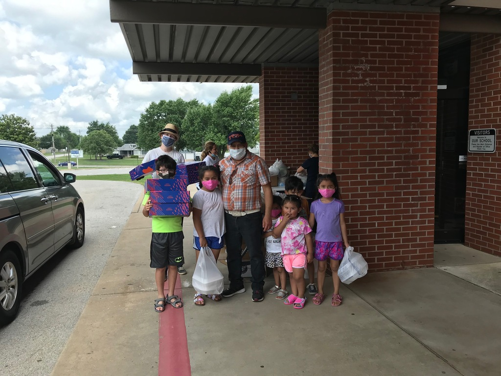 Art supplies donated to Smith Elementary